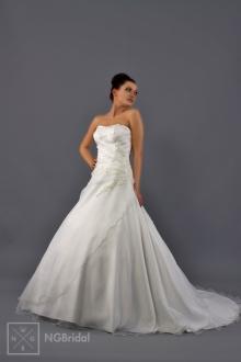 Булчинска рокля - 1703